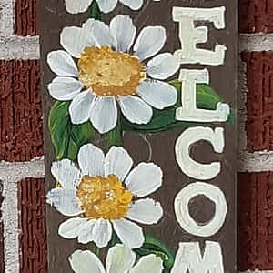 Daisy Welcome Sign