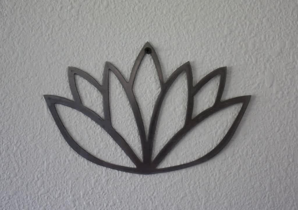 Lotus Flower Metal Art on Nail